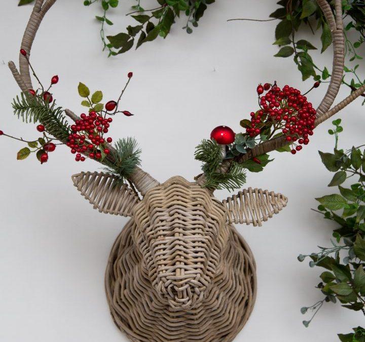 Friday Flowers – A Christmas Wreath Alternative